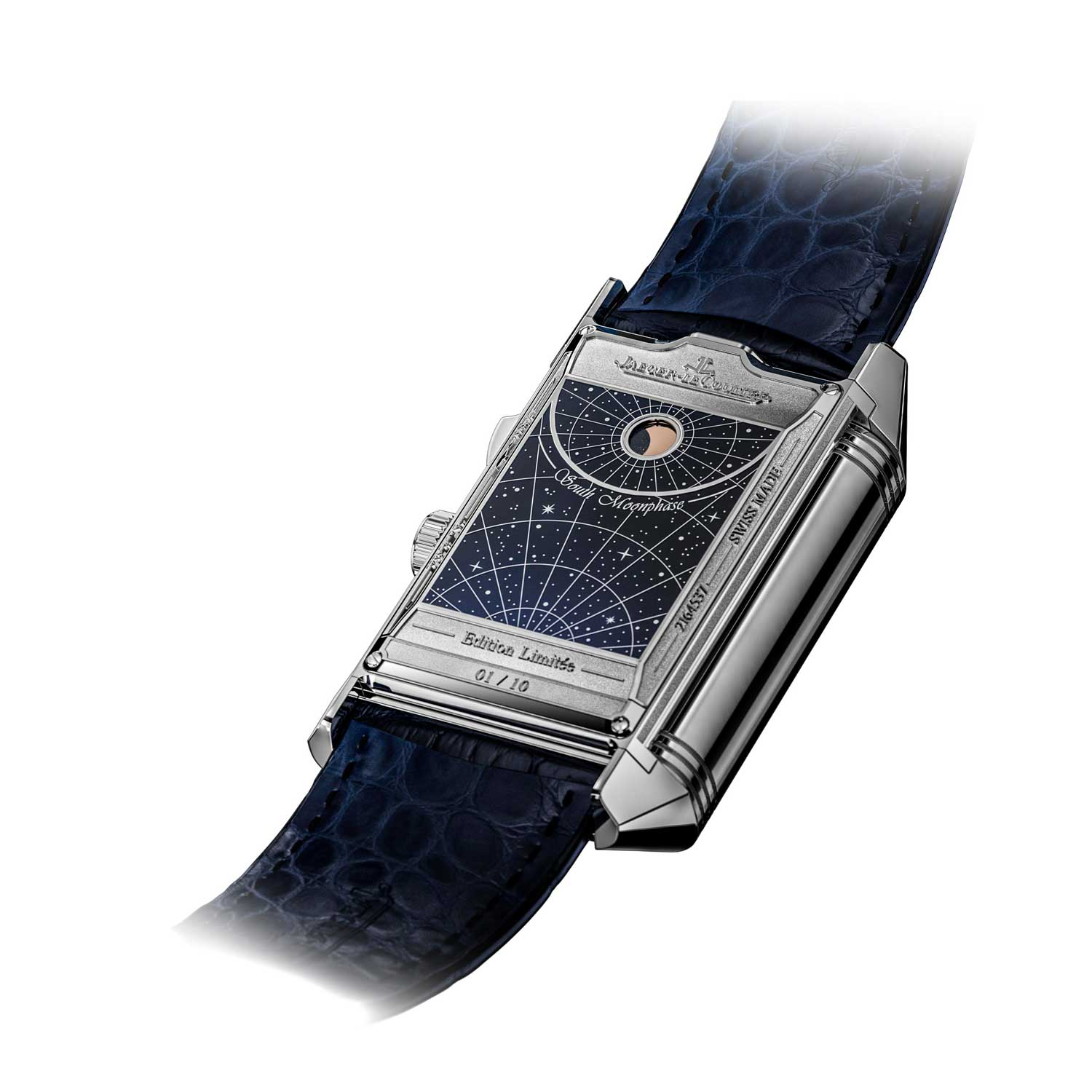 The Reverso Hybris Mechanica Quadriptyque, however, scores full marks for its selective and clear display of the 11 complications across the four faces of the watch.