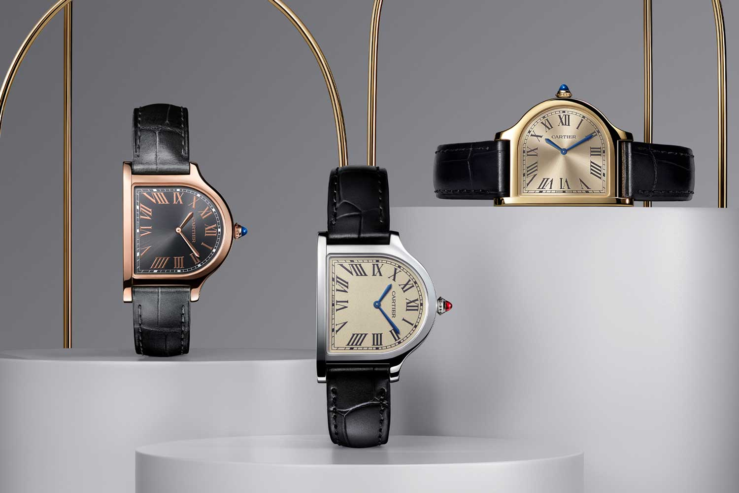 Powered by the manual winding calibre 1917 MC, the Cloche de Cartier watches promise a power reserve of 38 hours