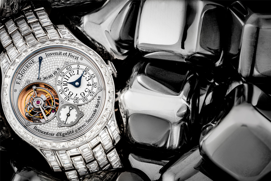 The five big auction houses —Antiquorum, Bonhams, Christie's, Sotheby's and Phillips clocked a revenue of CHF 316 million against all odds last year. Seen here is an extremely rare platinum and diamond set F.P.Journe Tourbillon Souverain models old by Christie's for HKD4,875,000.