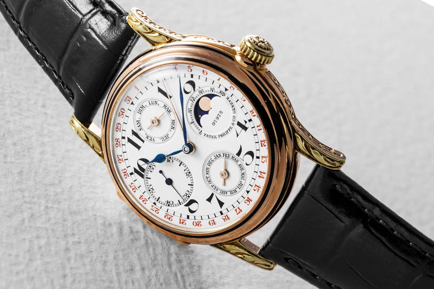 Patek Philippe 97975: The first wristwatch with perpetual calendar (©Revolution)