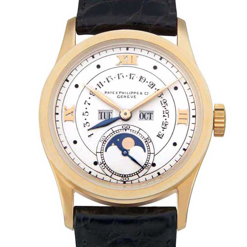 Patek Philippe created another first with the ref. 96 by fitting a retrograde perpetual calendar within a wristwatch in 1937