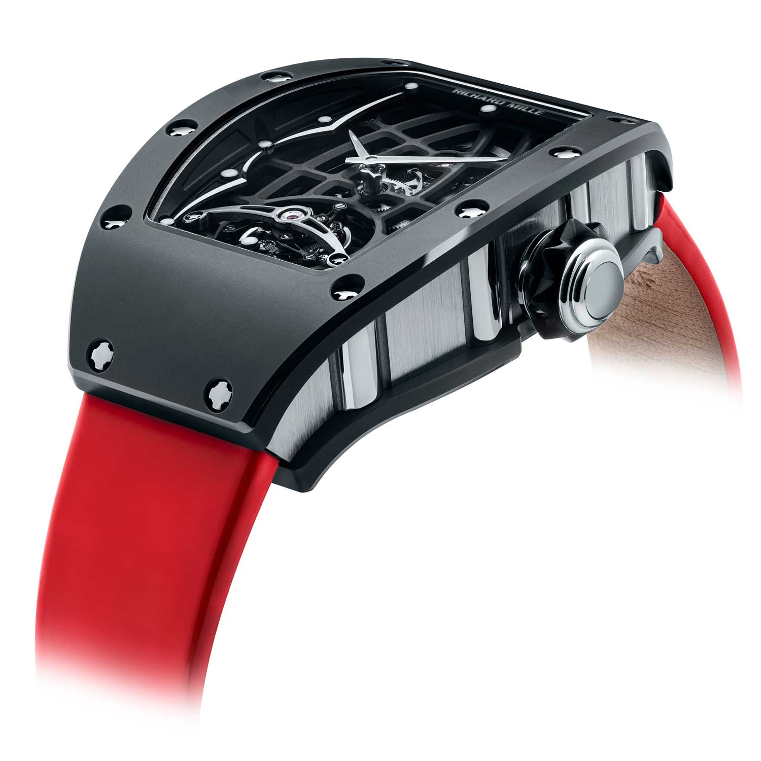 The case on the RM 74-01is made of Cermet that combines the lightness of titanium with the hardness of ceramic