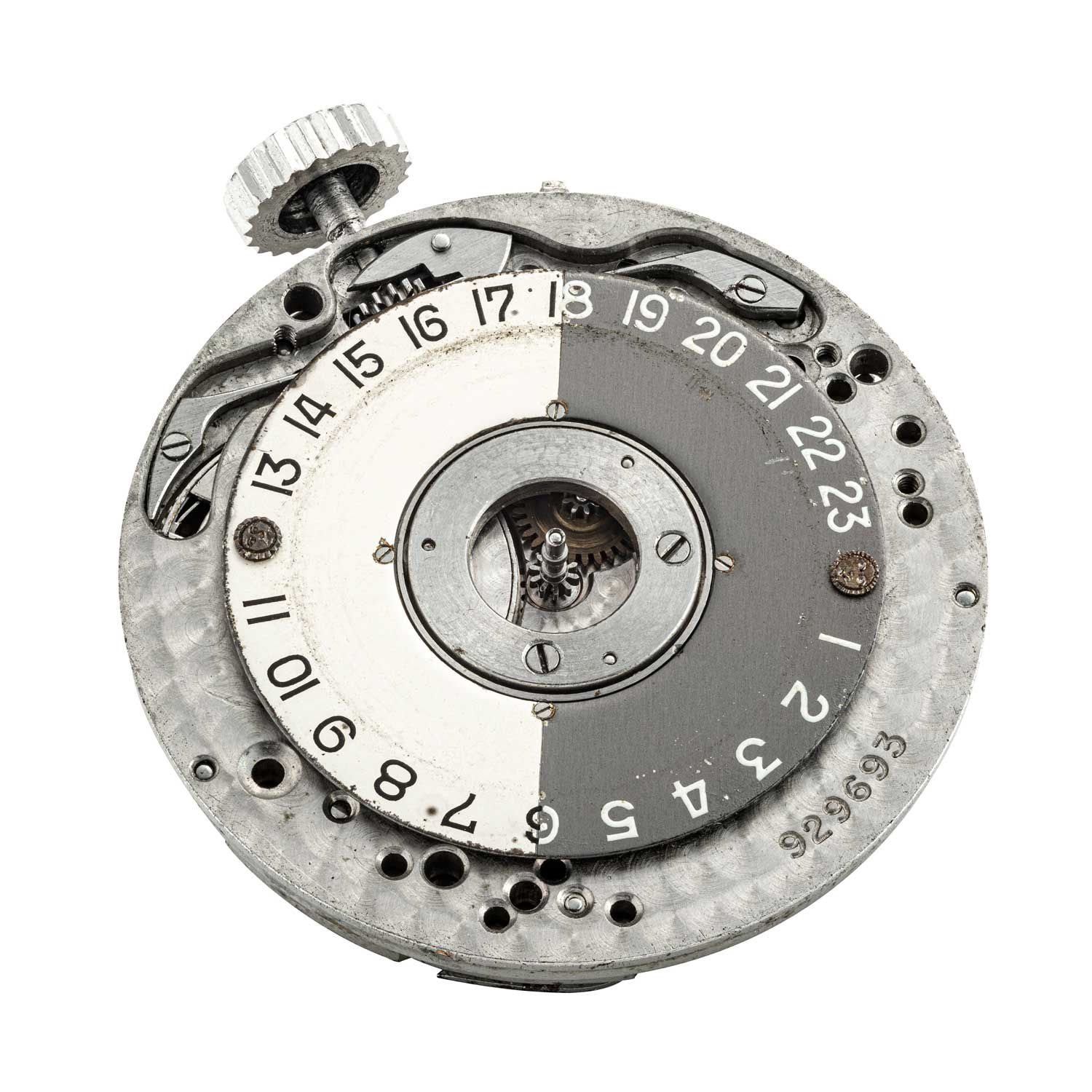 Marked with serial number 929'693, the watch's dial was made by Stern Frères in collaboration with Louis Cottier's workshop
