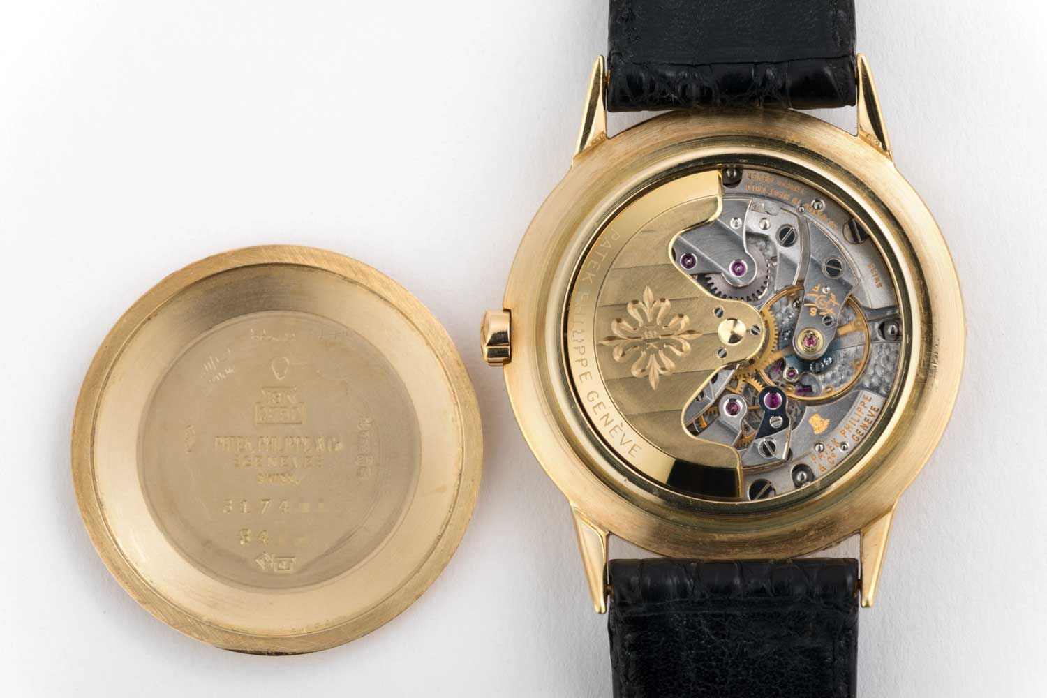 According to industry experts, there were approximately 500 examples of the reference 3448 made between 1962 and 1981 — of which about 100 were in white gold, two in rose gold, and the rest in yellow gold. (Image: The Watch Club)