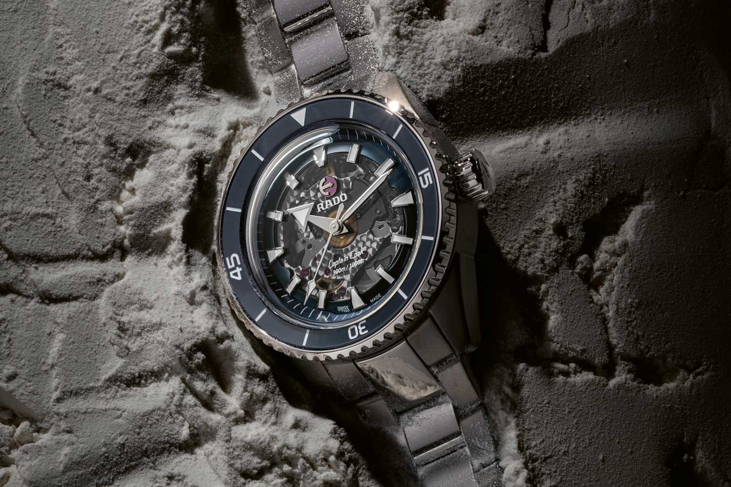All four models of the new Rado Captain Cook are powered by calibre R734 based on ETA caliber C07.611 and now upgraded with a Nivachron hairspring. (©Revolution)