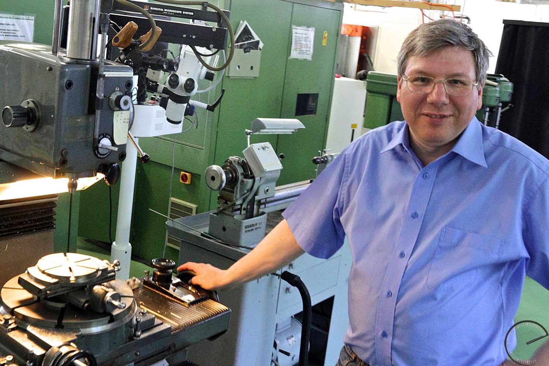 Strehler left Renaud & Papi in 1994 to set up his own workshop in Wülflingen