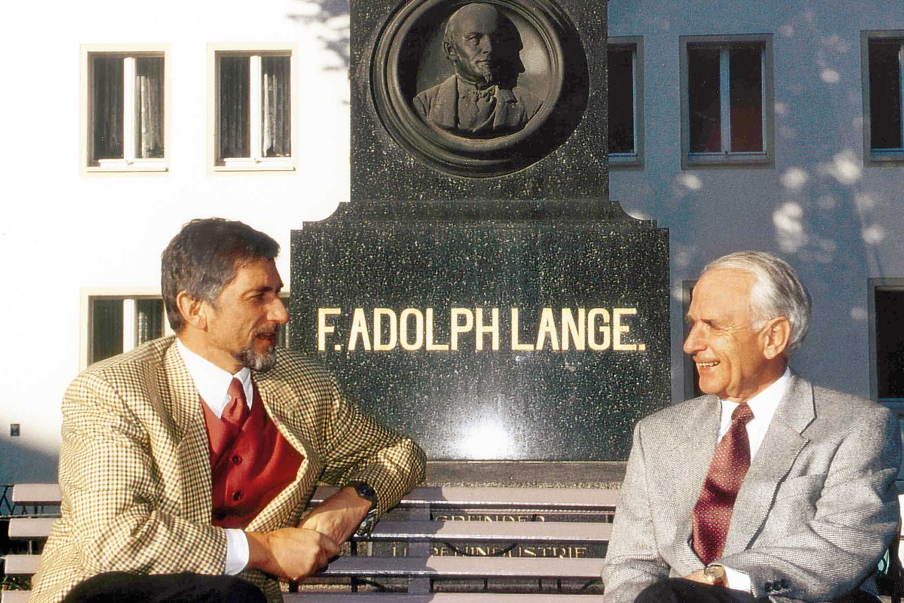 1991: On the left, Günter Blümlein, the man who singlehandedly revived IWC and Jaeger-LeCoultre, in the post Quartz Crisis period and, later, A. Lange & Söhne and Walter Lange