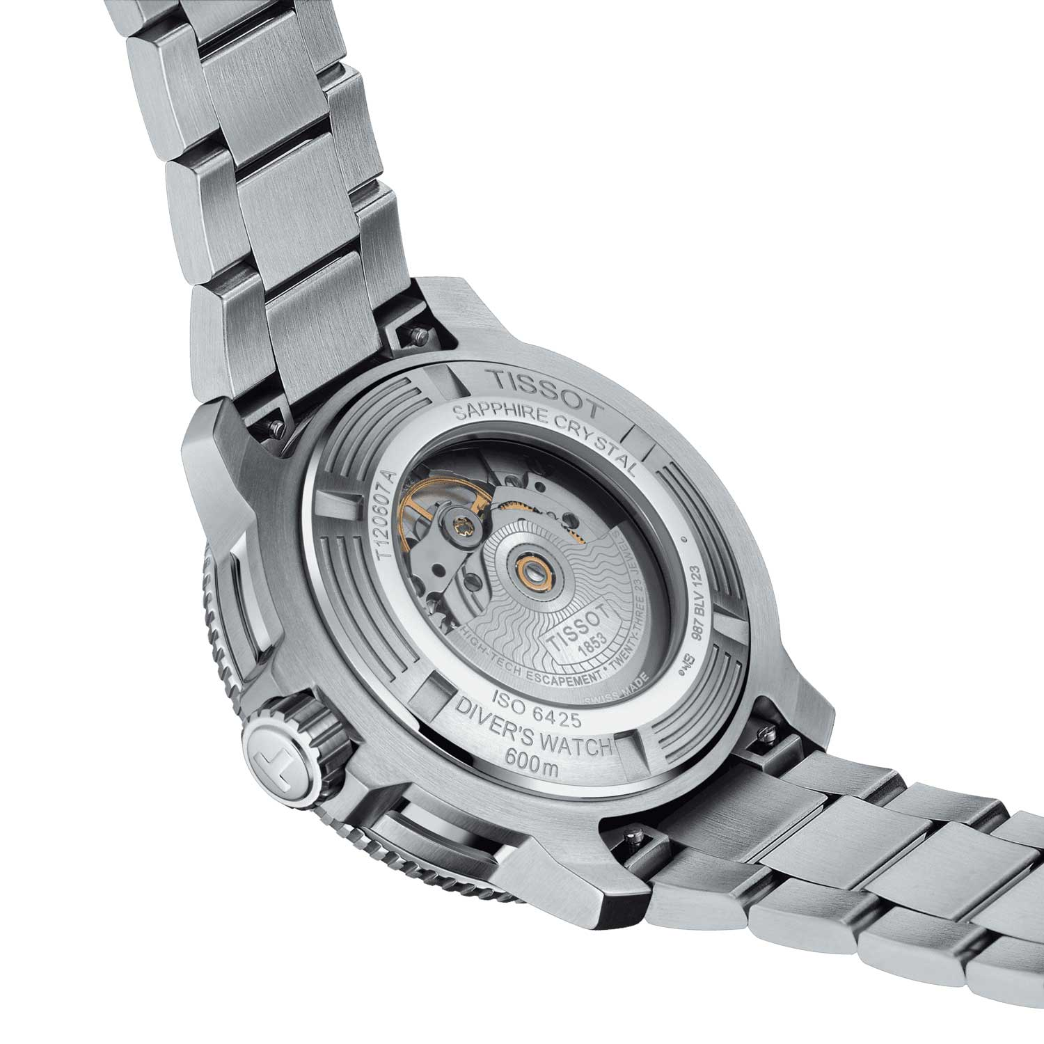The Seastar 2000 Pro has a transparent sapphire crystal, a rare feature in a watch with such a high-pressure resistance.