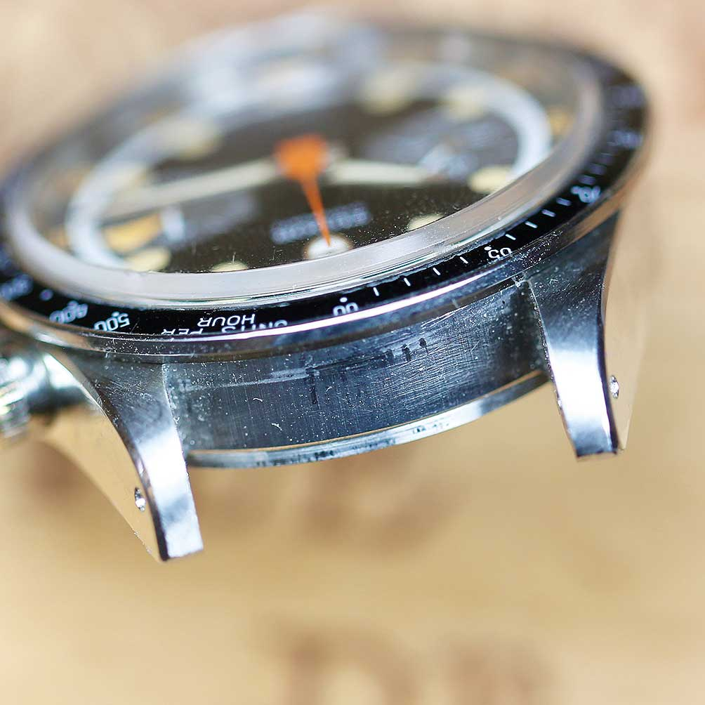 The watch is actually in incredibly strong condition and has even been returned to Rolex at some point in the past 15 years or so for a service.