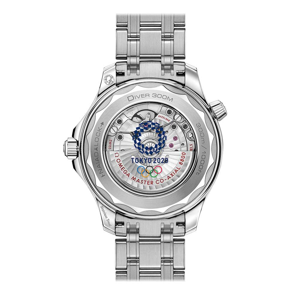 The NAIAD Lock caseback reveals a Tokyo 2020 Olympic Games emblem decorated on the sapphire crystal caseback.