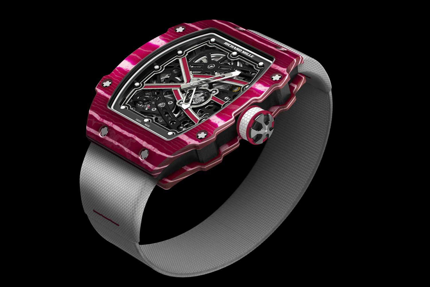 At 38.7mm wide and 7.8mm in height, the RM 67-02 is one of the first from Richard Mille to revisit classic dimensions