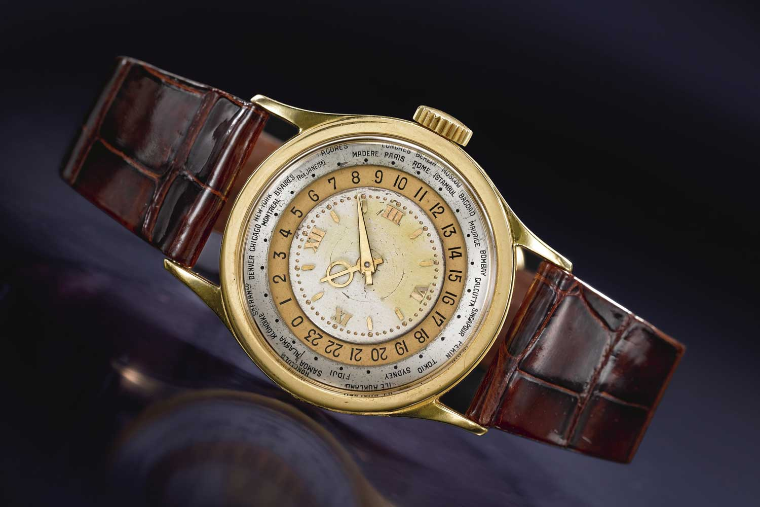 The reference 96 was one of the first truly successful round wristwatches for Patek Philippe and, in the context of the 1930s, was its icon. This watch was sold at Sotheby's in 2011 for USD 482,500 (Image: Sotheby's )