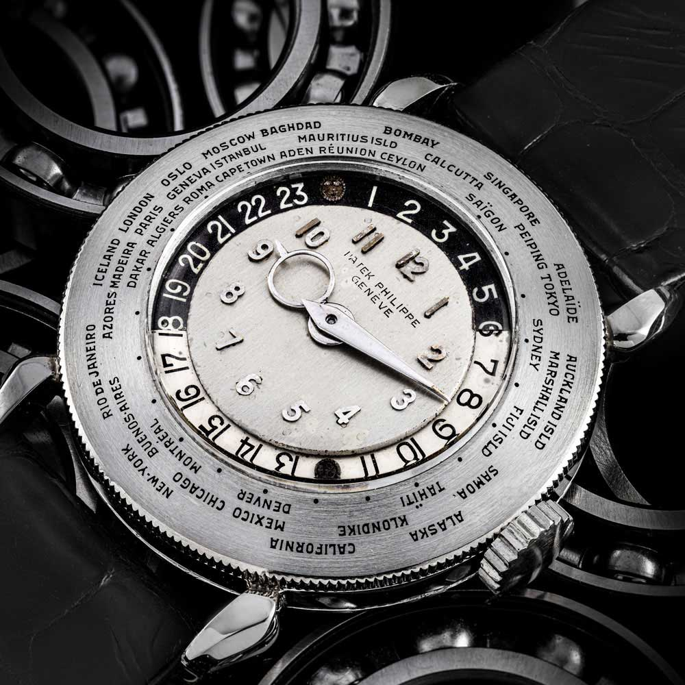 One of the most famous 1415 watches is the single platinum silver dial example, which sold at an Antiquorum auction in April 2002 for CHF 6.6 million. (Image: Christie's)