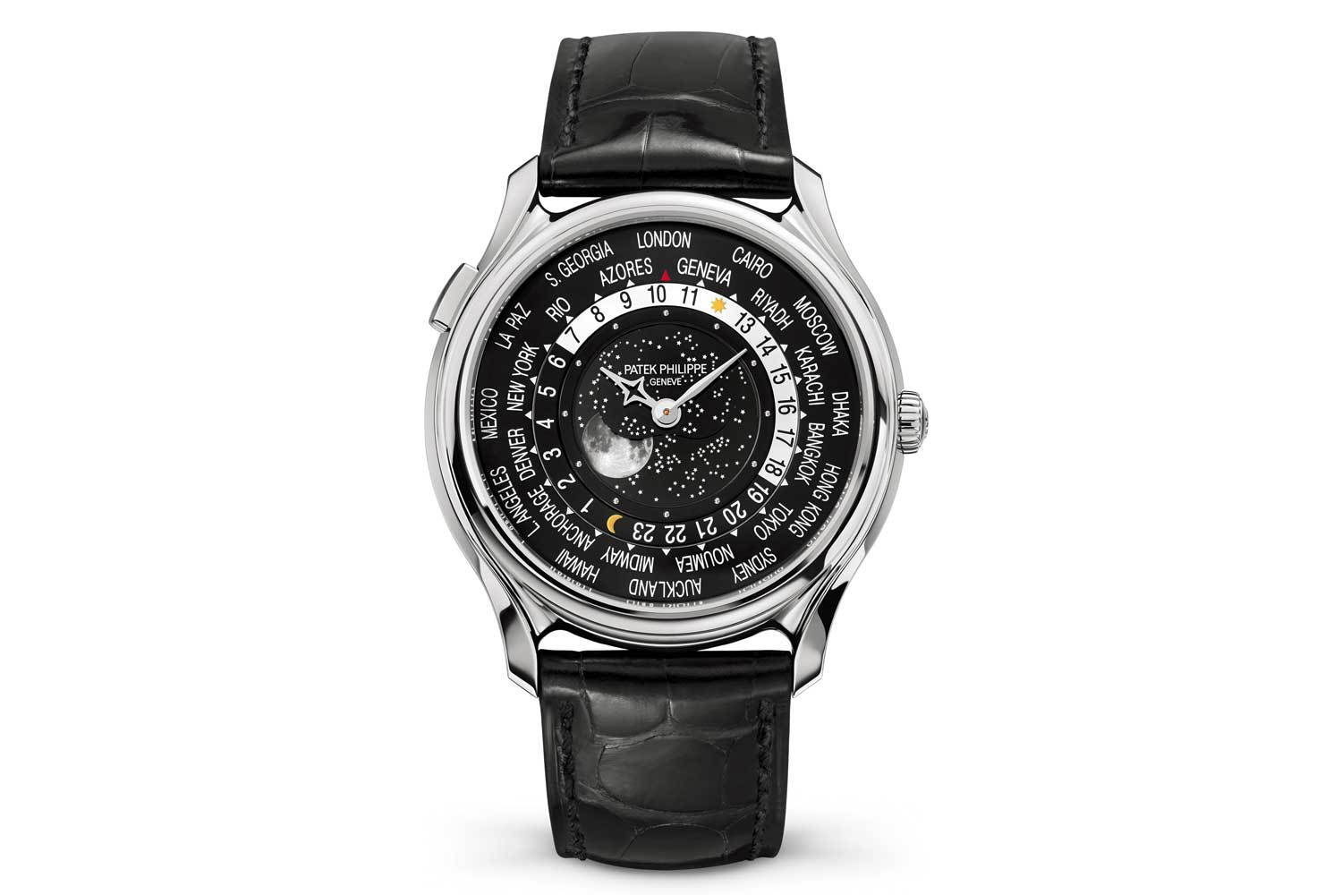 The ref. 5575 was also offered in a 39.8mm white gold case, limited to 1300 pieces.