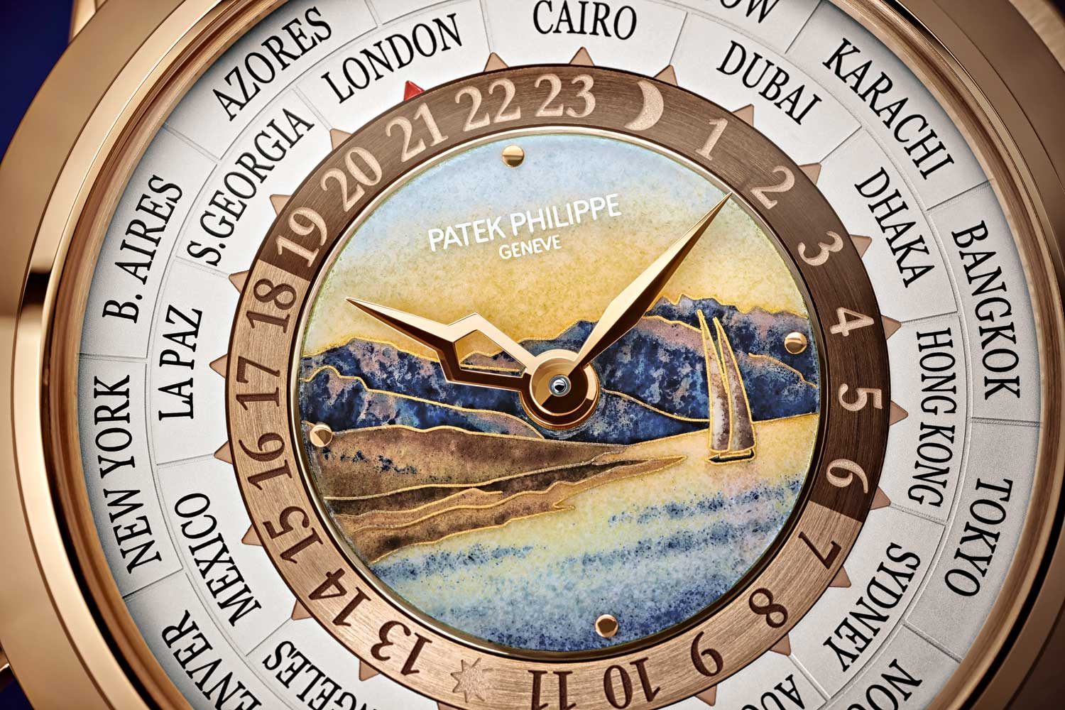 In 2018, Patek Philippe unveiled a regular production 5531R dedicated to depicting a scene of the Lavaux Vineyards, a UNESCO World Heritage Site on the shores of Lake Geneva.