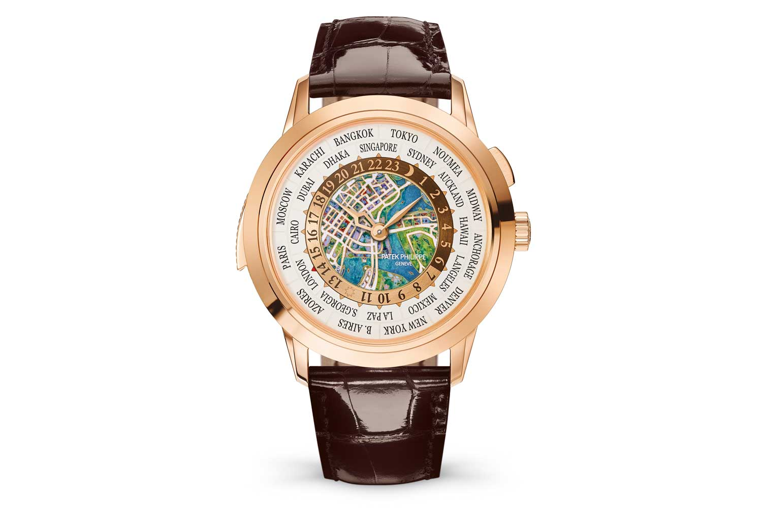 In 2019, Patek Philippe unveiled a stunning version of the 5531R with an aerial map of Singapore in cloisonné enamel to commemorate Patek's Grand Exhibition in the city.