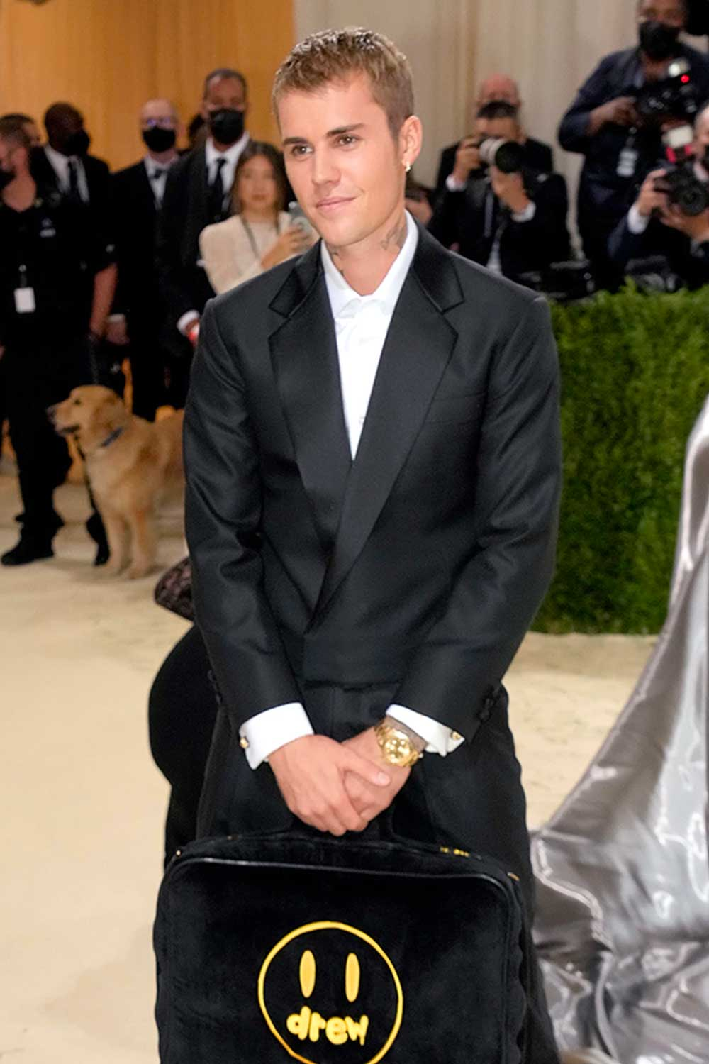 Justin Bieber at the Met Gala 2021, wristed with an all gold Rolex Dayton