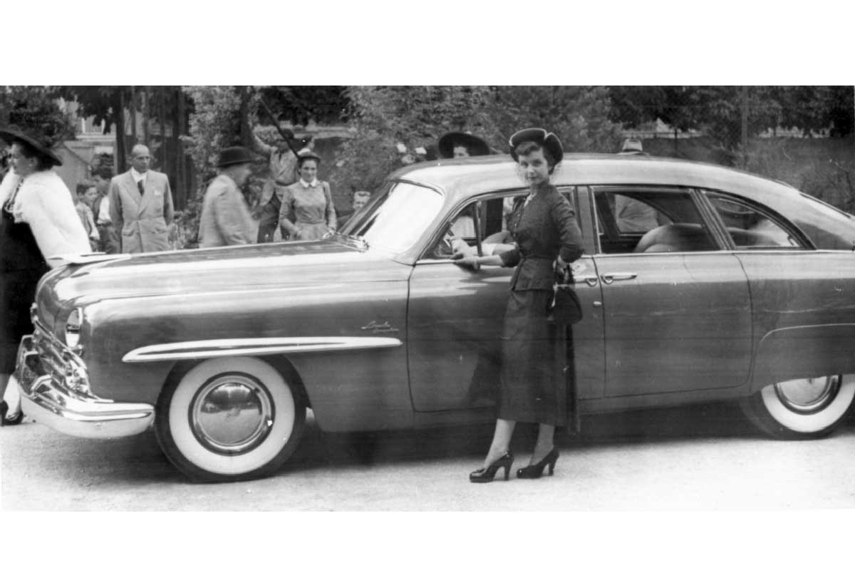 The Bucherer family's Lincoln Cosmopolitan Town Car at the Concours d'Excellence International in 1949.