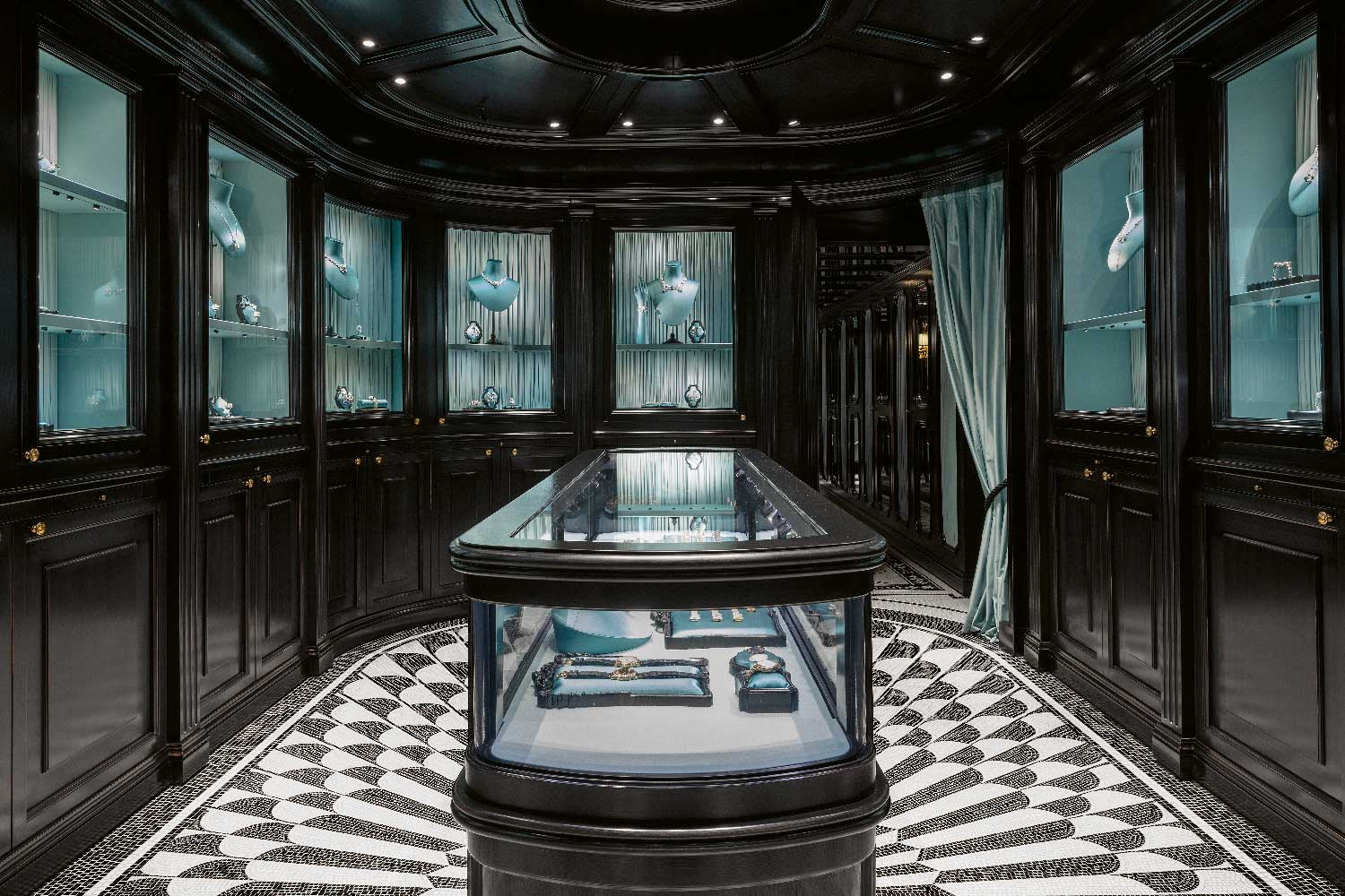 Gucci's dedicated fine watch and jewelry boutique at Place Vendôme, Paris
