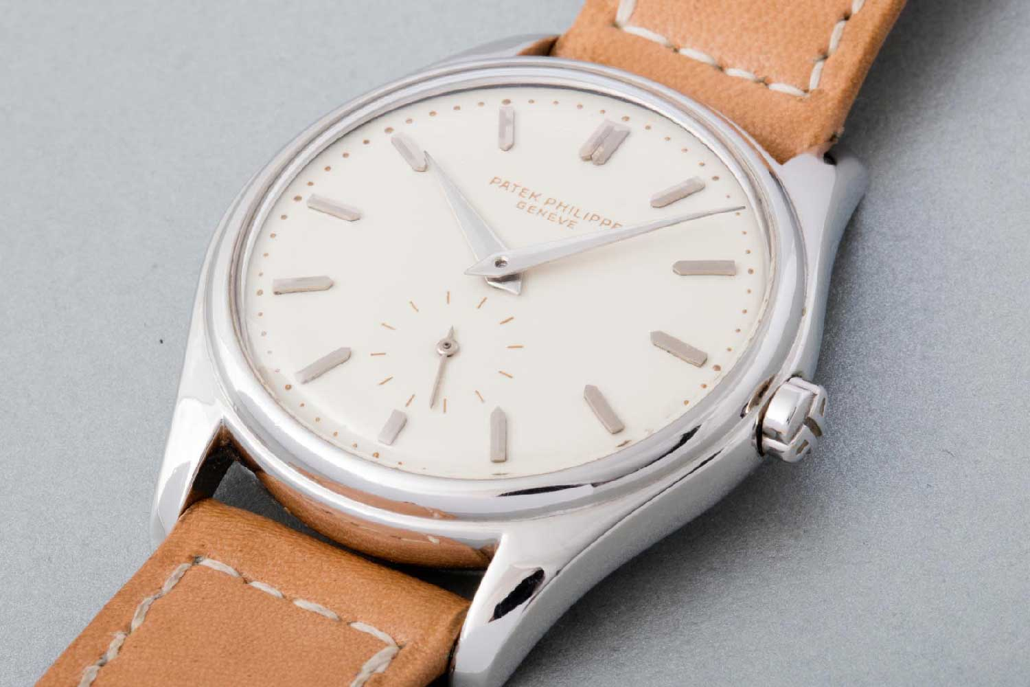 The landmark ref. 2526 equipped with the brand's first self-winding movement, the 12-600 AT (Image: Phillips)