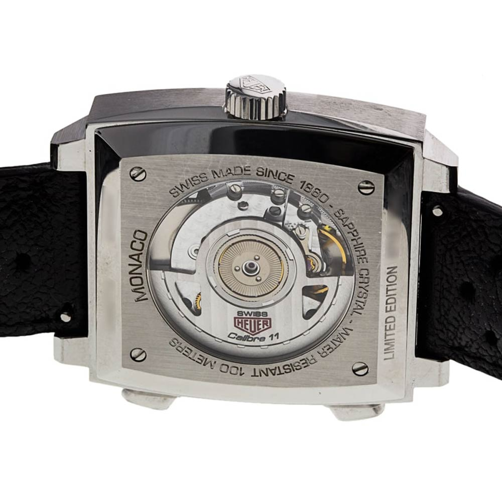 Powered by Calibre 11, an ETA 2892/2 base with a Dubois Depraz Chronograph module, the present example in our shop is from 2012.