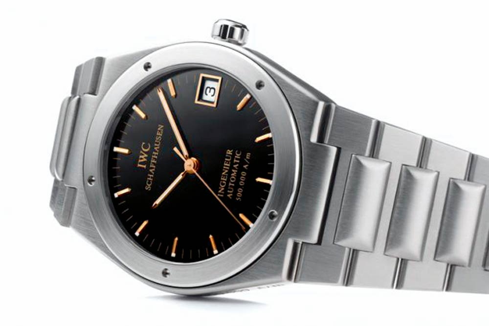 The IWC Ingenieur reference 3508 from 1989 looked more Royal Oak-esque than Nautilus, but it still very much had its own character and vibe.