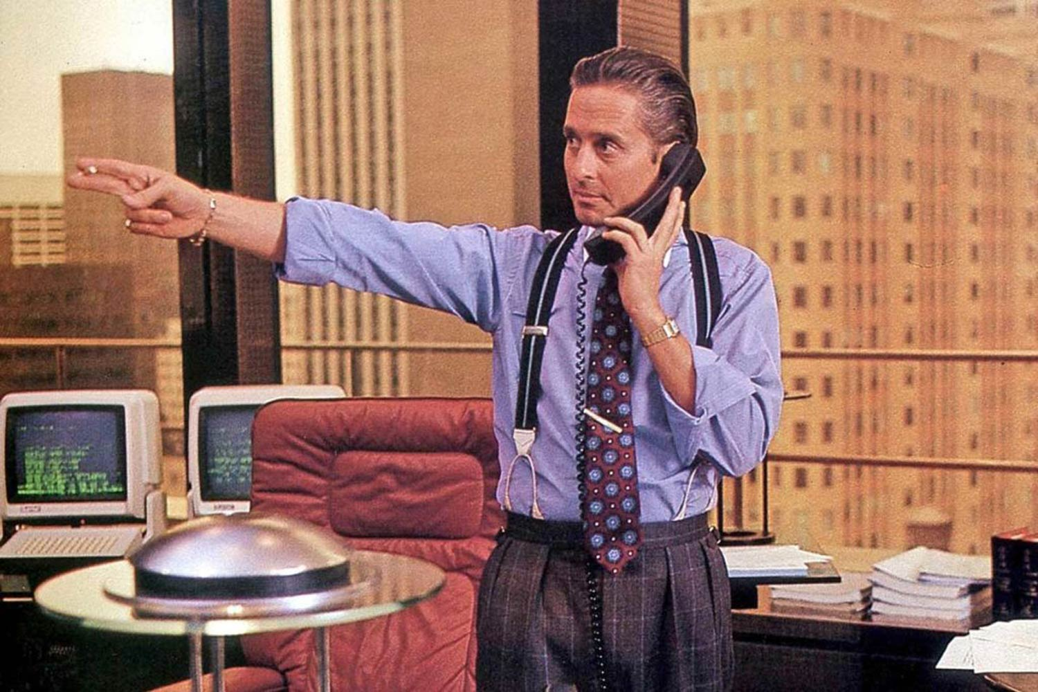 The Cartier Santos' fame saw its way to Hollywood on the wrist of actor Michael Douglas in his portrayal of Gordon Gekko in the 1987 film, Wall Street