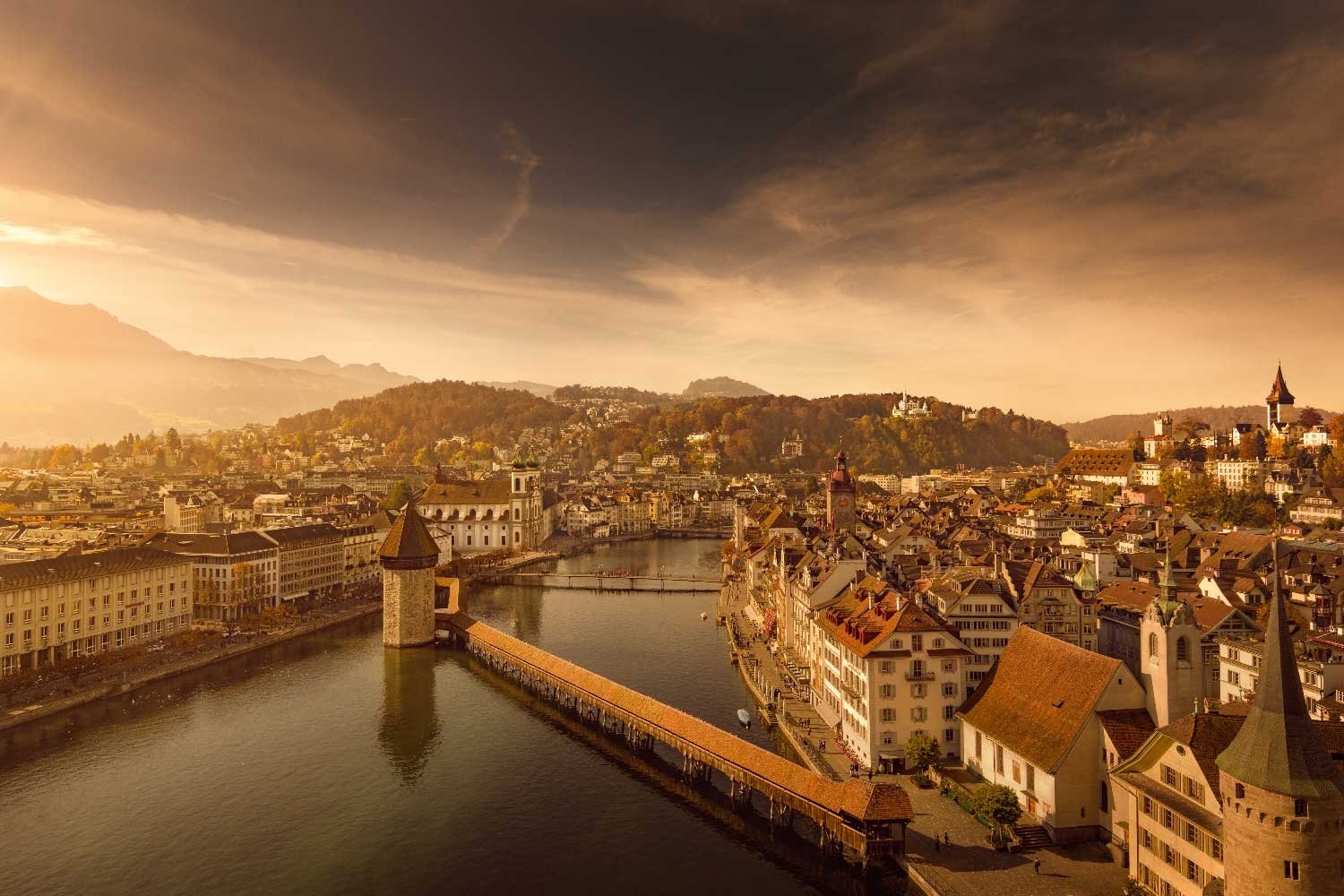 Set in the middle of Switzerland, cradled within the Swiss alps and located on the shores of Lake Lucerne, the city of Lucerne was hugely popular with royalty and artists in the second half of the 19th century.
